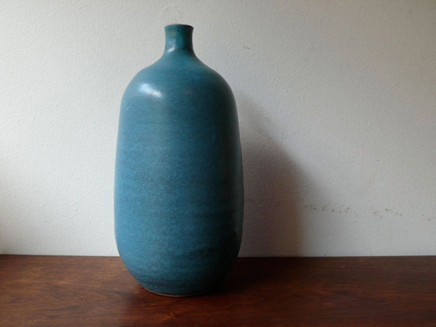 Bowls, Bottles and Vases by Victoria Morris 9