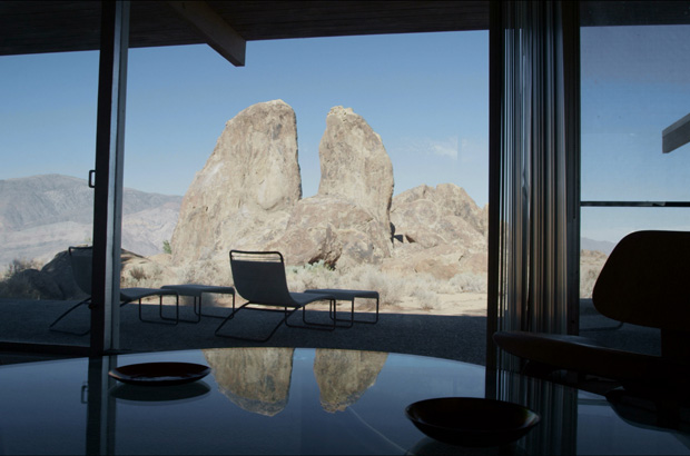 Interview-with-Mike-Dorsey,-Director-of-The-Oyler-House--Richard-Neutra's-Desert-Retreat-3