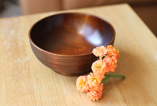 New-Lacquerware-in-the-Shop-by-Maiko-Okuno-1