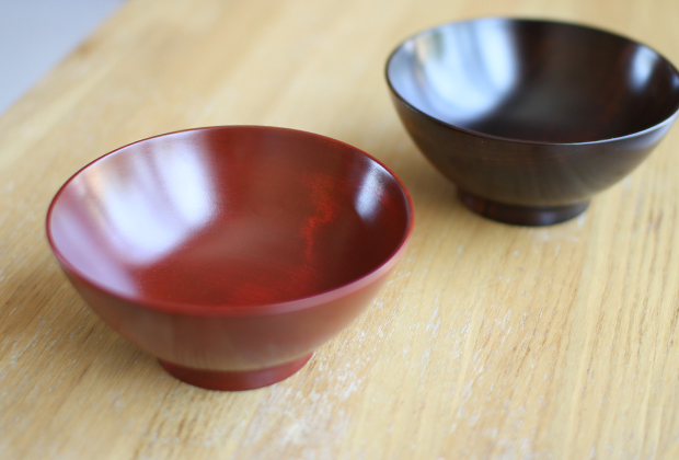New-Lacquerware-in-the-Shop-by-Maiko-Okuno-5
