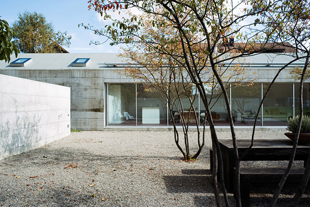 Studios-and-Summer-Houses-by-Peter-Kunz-2