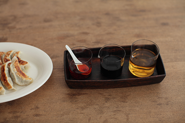 Glassware-by-Peter-Ivy-in-Collaboration-with-Takahashi-Midori-4