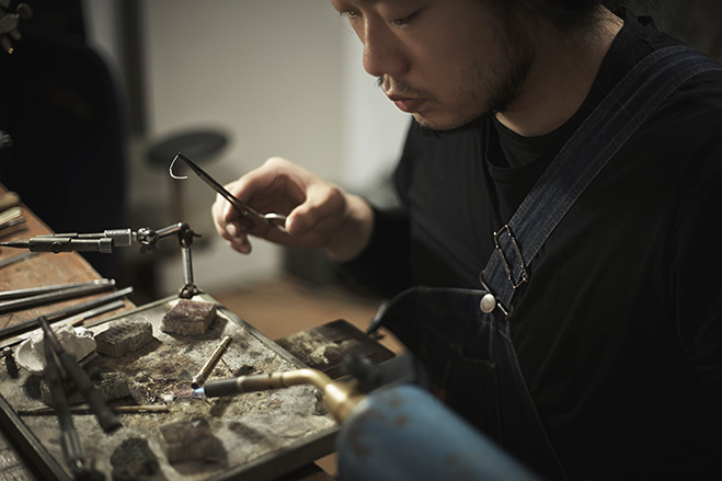 Concrete-and-Metal-Craft-Work-by-Kenny-Yong-Soo-Son-1