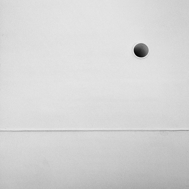 Emptiness-and-Silence---Whitescapes-by-Italian-Photographer-Alex-Pardi-1