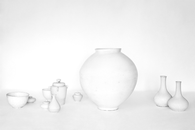 In-the-Pursuit-of-White---Porcelain-Vessels-Photographed-by-Bohnchang-Koo-1