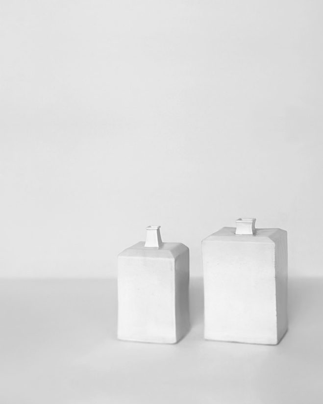In-the-Pursuit-of-White---Porcelain-Vessels-Photographed-by-Bohnchang-Koo-4