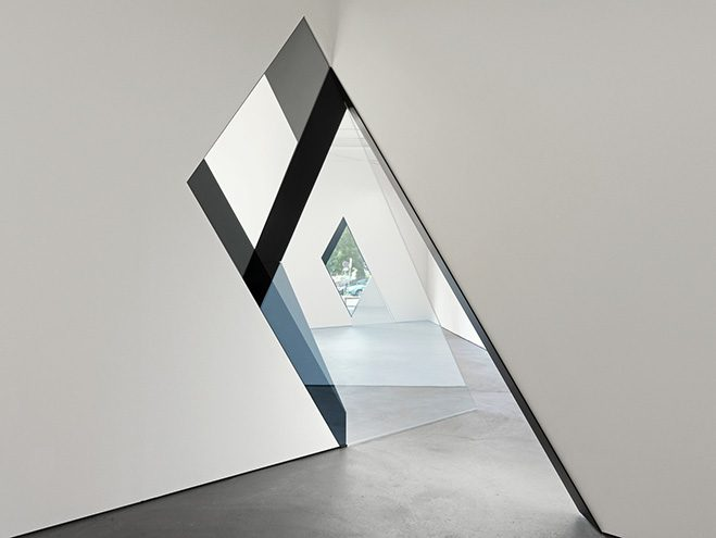 Architecture-as-a-Canvas----Sarah-Oppenheimer-8