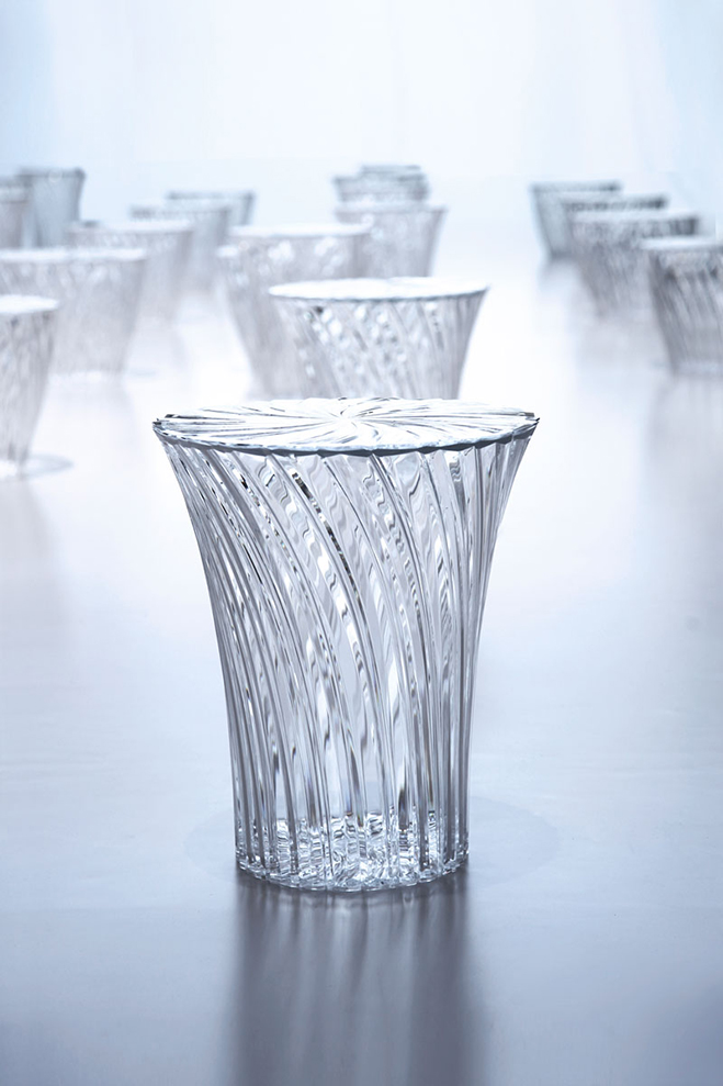 Experimenting-with-Light-&-Space---Art-by-Tokujin-Yoshioka-10