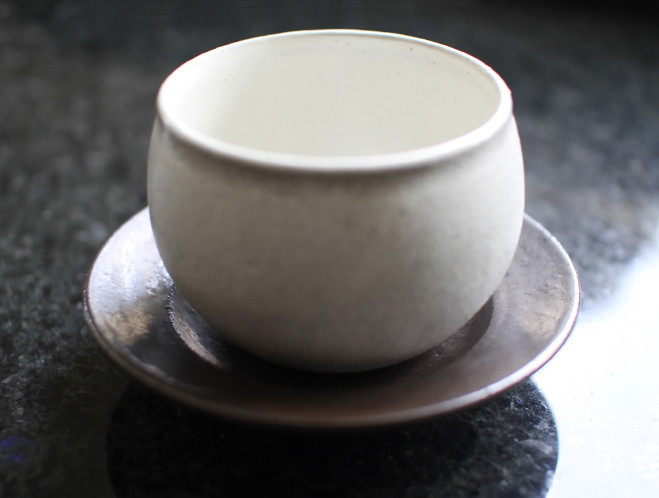 New Work from Japanese Potter Kana Tozuka at OEN Shop 7