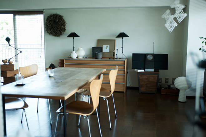 A-Sense-of-Aesthetics---Japanese-Interviews-and-Interiors-by-Lifecycling-4