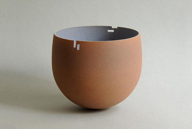 Monolithic-Ceramic-Forms-by-Anne-Soline-Barbaux-1