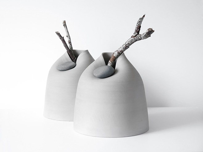 Vases-with-Stone---Unique-Vases-Produced-by-Martin-Azua-&-Marc-Vidal-1