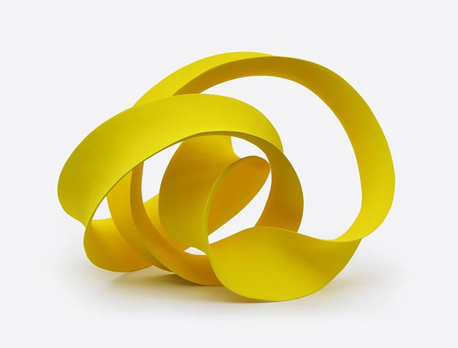 Stretching-&-Curling---Complex-Ceramic-Forms-by-Merete-Rasmussen-7