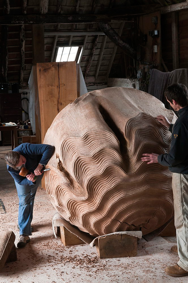 Sculptures-in-Oak---Hand-Carved-Wooden-Objects-by-Alison-Crowther-7