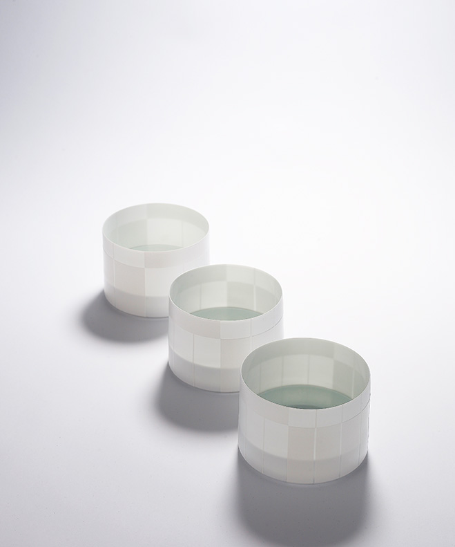 Memory-of-Emotions---Translucent-Porcelain-Vessels-by-Inwha-Lee-1