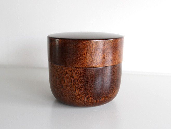 Objects that Glimmer - Lacquerware by Maiko Okuno at OEN Shop 2