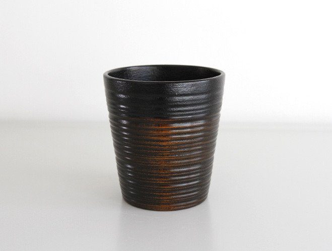 Objects that Glimmer - Lacquerware by Maiko Okuno at OEN Shop 3