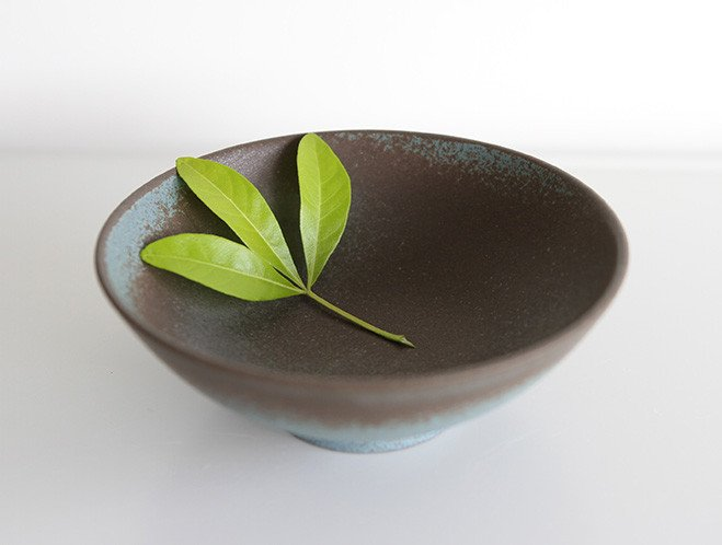 Simple Shapes - New Ceramics from Mushimegane Books 5