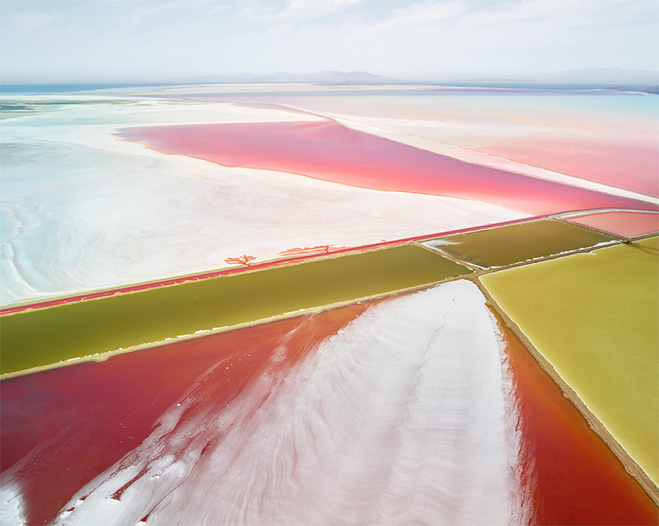 fields-plottings-and-extracts-salt-by-canadian-photographer-david-burdeny-4