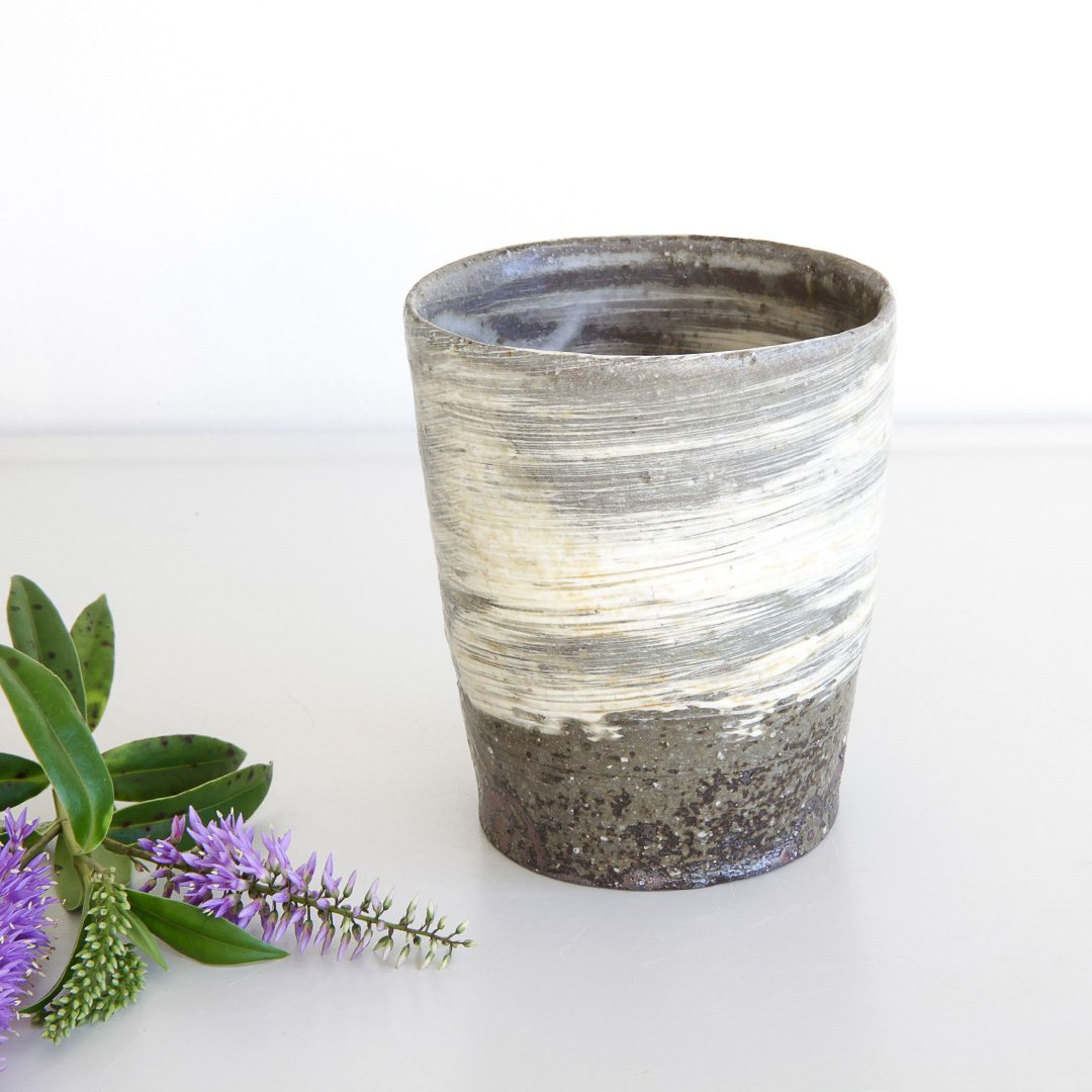 Straight Hakeme Cup by Atsushi Ogata