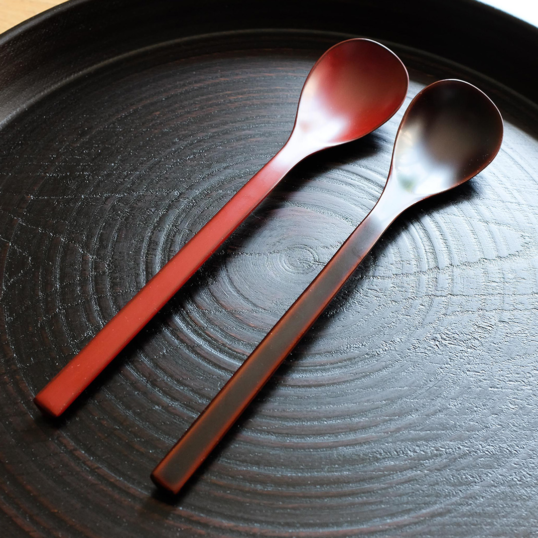 Brown Lacquer Spoon & Red Lacquer Spoon by Tomoaki Nakano